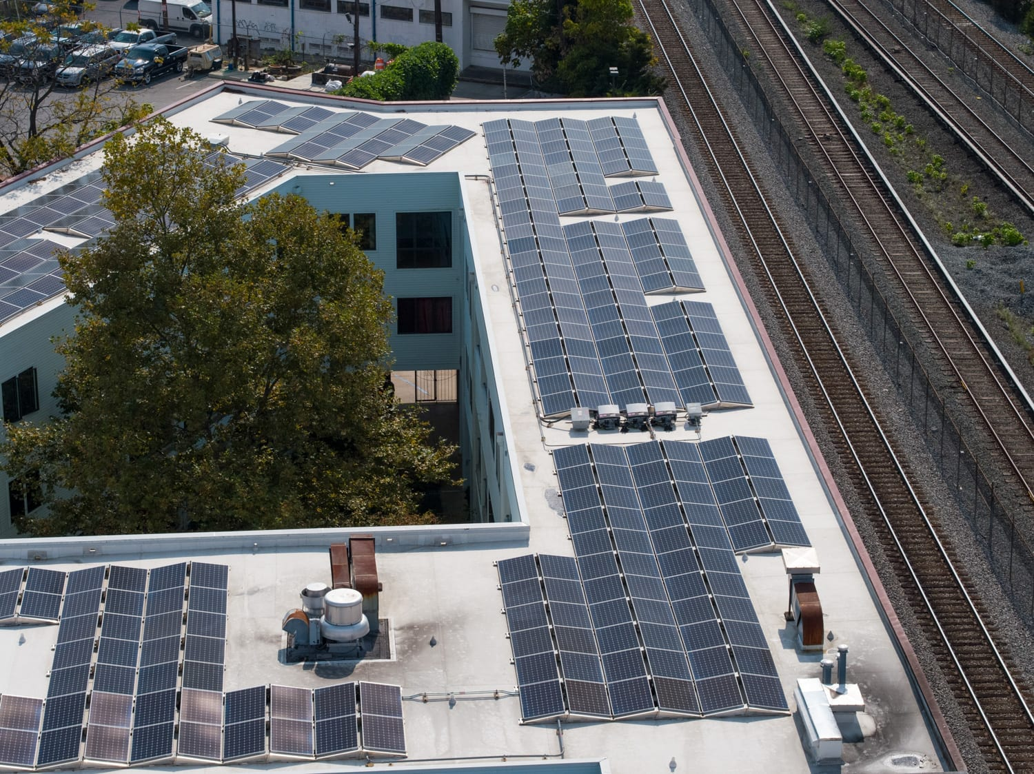 Mixed use commercial solar rooftop array