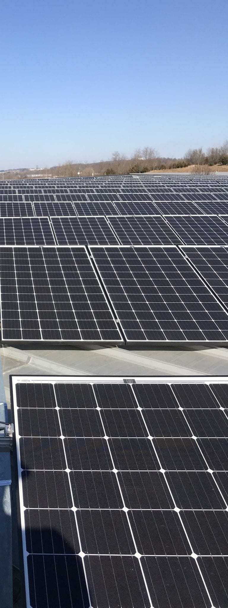 Warehouse rooftop solar Virginia